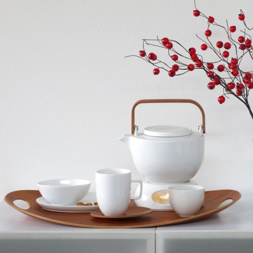 set teiera ovale in porcellana bianca e manico in legno